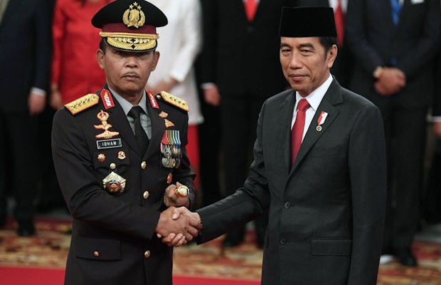 presiden-jokowi-lantik-idham-azis-jadi-kapolri-bse
